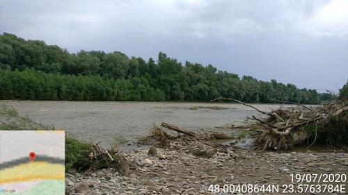1-19 IULIE 2020-Malul stang al Tisei la Piatra cu aluviuni.