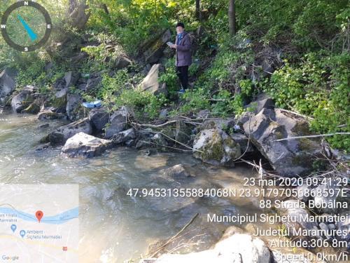 Fig. 1. Măsurarea unor indicatori ai apei pe râul Tisa