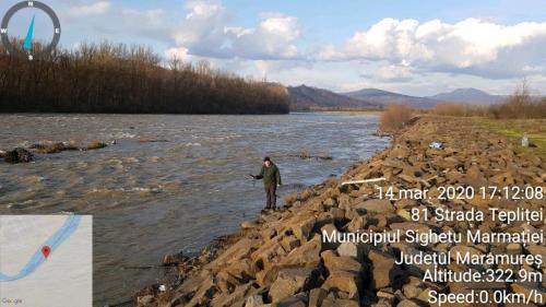 Măsurarea pH-ului, potențialului redox și temperturii apei râului Tisei în zona Piatra