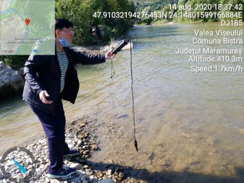 Măsurând calitatea apei râului Vișeu pe Valea Vișeului